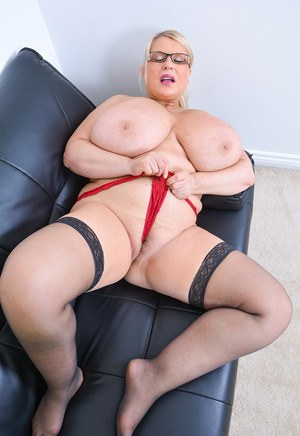 nude-brest-free-pic-of-bbw